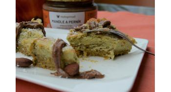 Dýňový cheesecake s mandlovým máslem